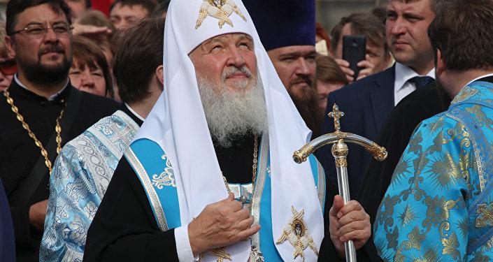 Одиозный патриарх Кирилл назвал причину распада СССР: главный поп из РПЦ Гундяев обозначил раскол Союза как «неудачу», а саму «тюрьму народов» обозвал «общей страной»