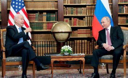 Физиогномист о встрече в Женеве: вальяжность Путина и испепеляющий взгляд Байдена