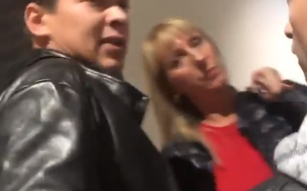 В киевском ТЦ мужчина напал на лесбиянку, приняв ее за парня