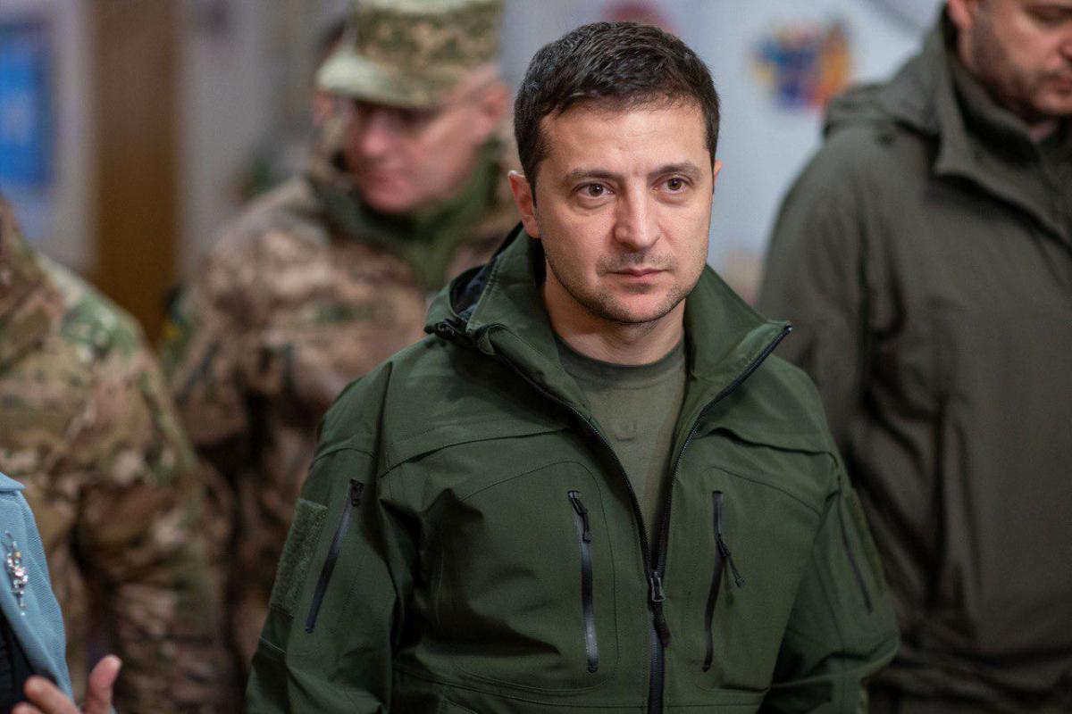 Богдан прокомментировал падение рейтинга Зеленского