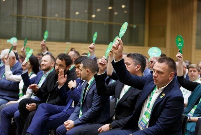 Местные выборы-2020: «Слуга народа» уже не в фаворе – политики вкладываются в региональные именные партии