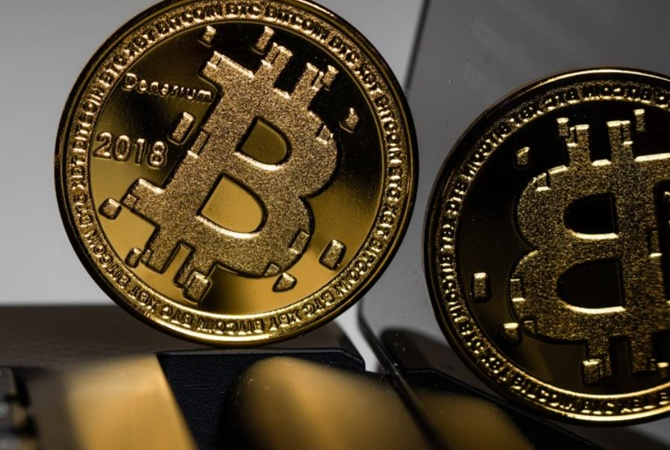 Зарплата в биткоинах не за горами? В Украине готовы легализовать криптовалюту