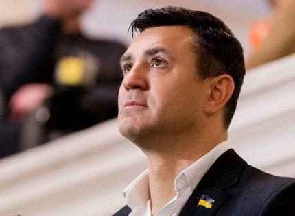 Николай Тищенко не знает, кто запускал фейерверк, случайно совпавший с днем рождения его жены