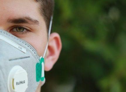 Правительство разрешит продавать маски за границу