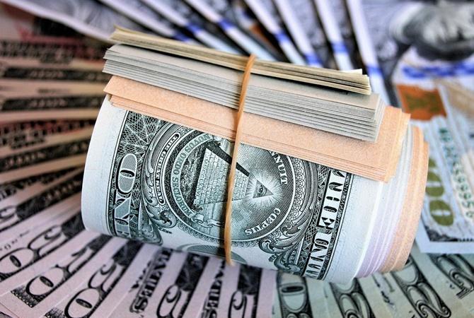 Рост гривны сдерживал НБУ: что ждать от курса доллара на следующей неделе