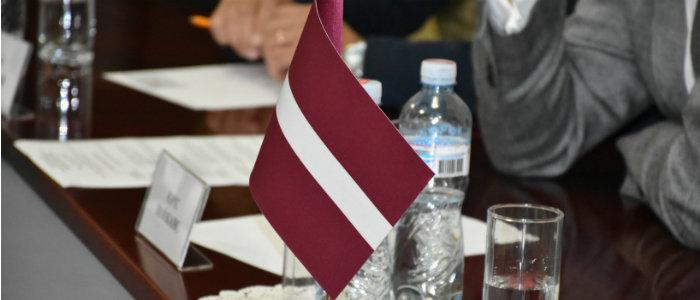Латвия продолжит программы помощи для воинов ВСУ