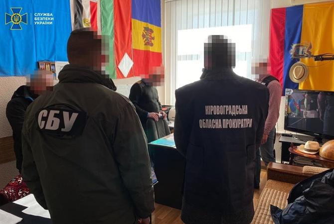 В Кропивницком поймали на взятке декана авиационного университета — требовал деньги за допуск к полетам