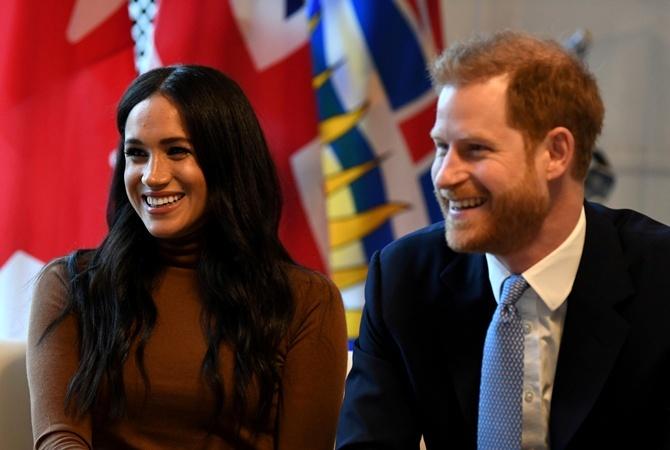 Меган Маркл и принц Гарри лишились своего королевского титула