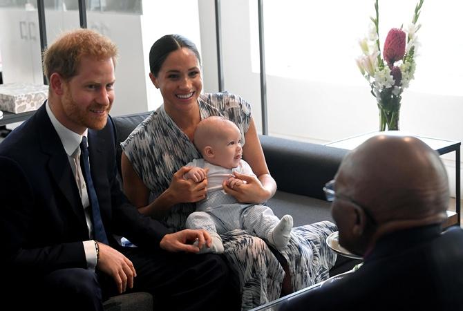 Принц Гарри променял юбилей королевы на встречу с Меган Маркл