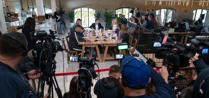 Закон об амнистии – в тумбочке: Зеленский рассказал, что будет с этим делать