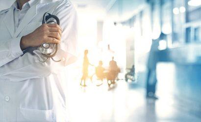 В Украине создадут комиссию для расследования тяжелых случаев коронавируса у вакцинированных