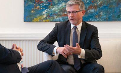 Украинский посол обвинил в очередном осквернении могилы Бандеры Россию и немецких историков