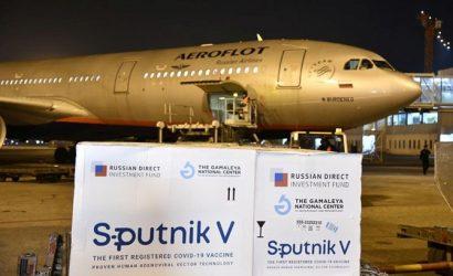 Президент Украины назвал российкую вакцину «Спутник V» оружием