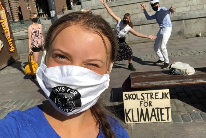 Грета Тунберга снова вышла на протест после перерыва из-за пандемии