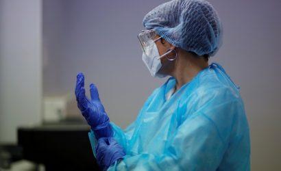 Вакцинацию от коронавируса завершили более восьми тысяч украинцев