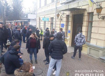 Бойня в Жмеринском горсовете: суд отправил в СИЗО 16 человек