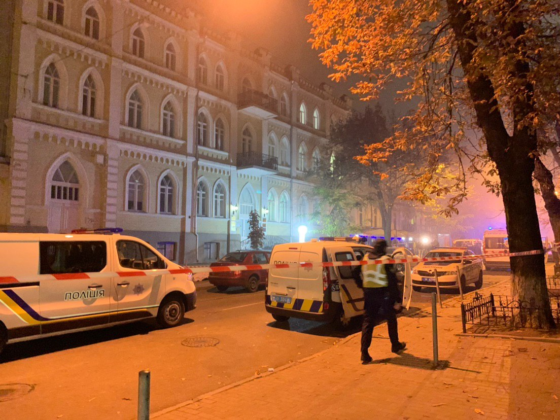 Эксклюзив. Фото с места взрыва в Киеве (18+)