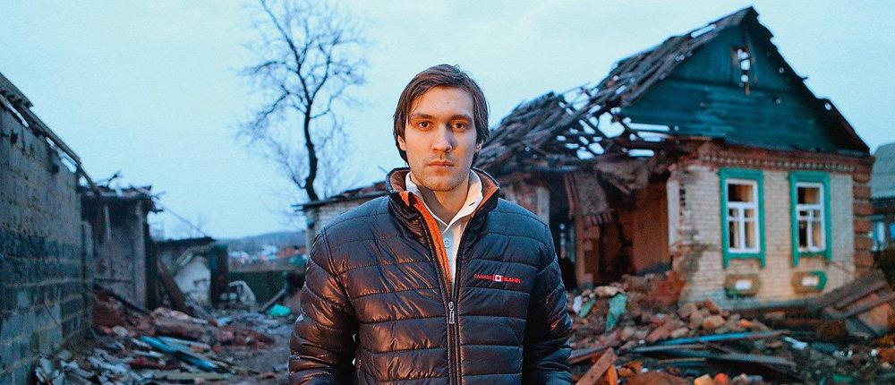 Снится собака с рукой в зубах: Евгений Каплин рассказал о работе волонтеров на Донбассе