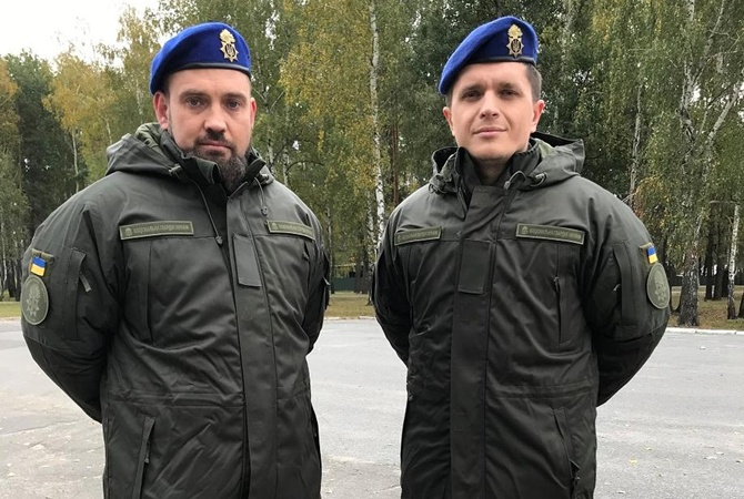 Герман и Анатолич расскажут, как прожили день по воинскому уставу