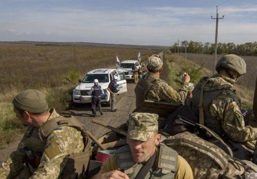 Разведение сил в Золотом и Петровском перенесли из-за обстрелов