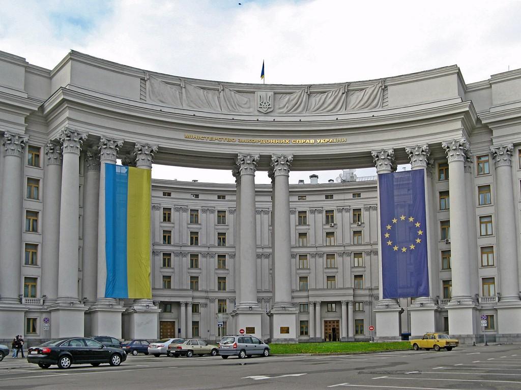 МИД: к выборам на Донбассе можем идти десятки лет