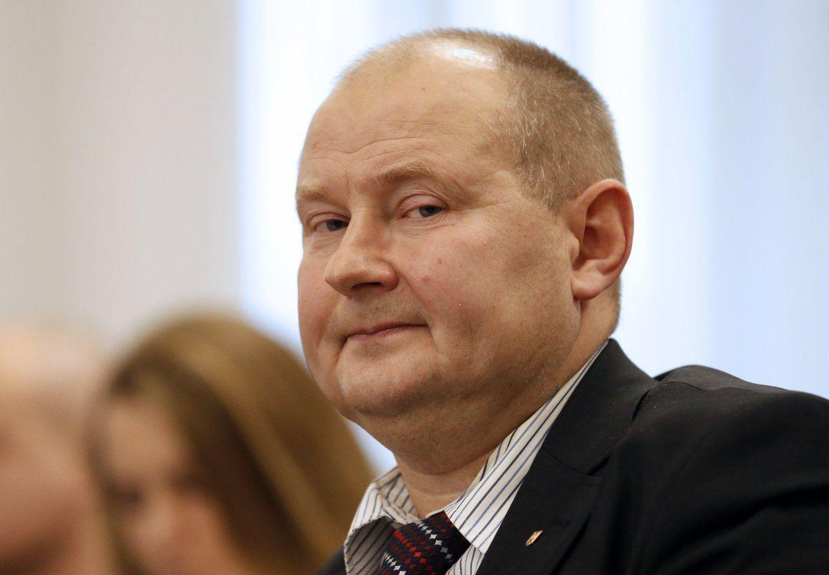 Шарий показал хронологию вывоза судьи Чауса из Украины