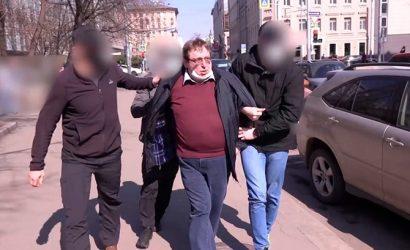 В КГБ заявили, что впервые возбудили дело о военном перевороте, а ФСБ обнародовала видео планирования