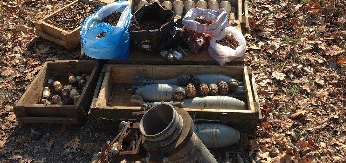 В «ЛНР» нашли очередной тайник с боеприпасами (Фото)