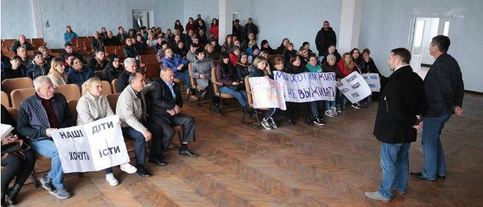 Губернатор Луганщины рассказал, когда шахтеры получат долги по зарплате