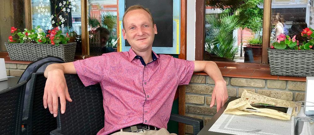В Крыму российские силовики избили и задержали журналиста из Донецка