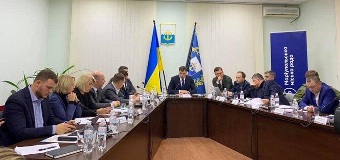 Лисянский рассказал правительству о важных проблемах на КПВВ на Донбассе
