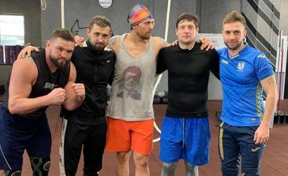 Селезнев показал, как тренируется под руководством Усика