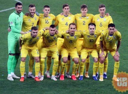 Петраков не включил Малиновского в состав сборной на ближайшие матчи ЧМ-2022