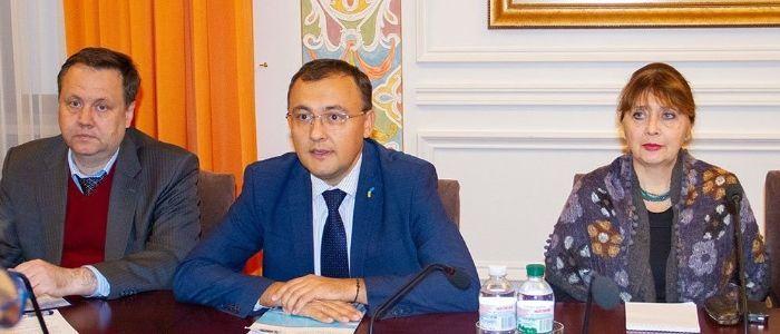 В Украину для изучения языкового закона прибыла делегация Венецианской комиссии