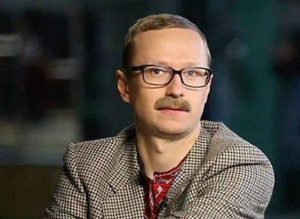 В центре Киева избили украинского телеведущего Майкла Щура