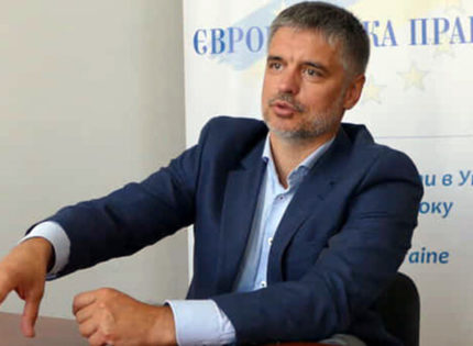 Или сохраняем западный вектор, или возвращаем Донбасс и вычеркиваем Запад, – посол Украины в Великобритании