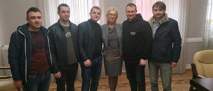 Освобождение из неподконтрольного Донбасса пленных  – тема обсуждений моряков и Денисовой