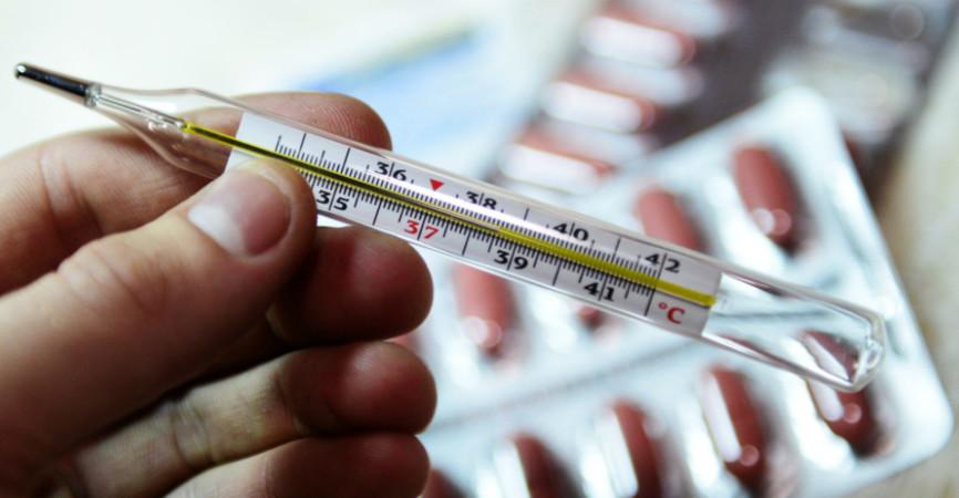 Схожие симптомы: Как различить COVID-19, грипп и ОРВИ (Инфографика)
