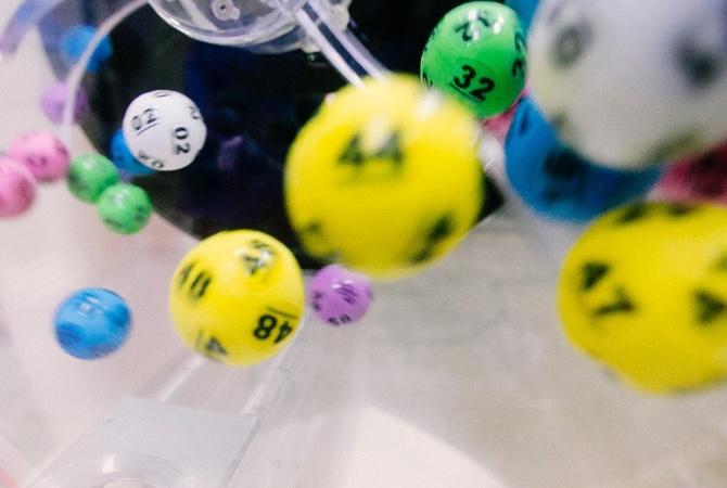 Американец выиграл в лотерею по пути на последнюю процедуру химиотерапии
