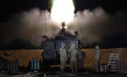 Обстрел Израиля продолжается. В городах звучат сигналы тревоги, люди сидят в бомбоубежищах