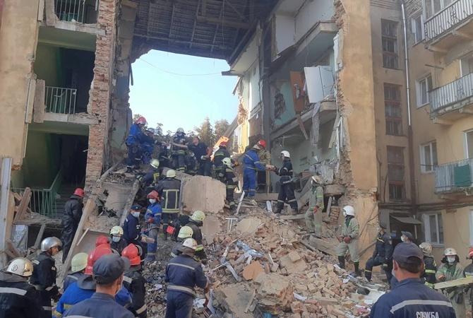 Названы официальные причины обвала дома в Дрогобыче