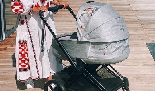 Санта Димопулос показала свою младшую дочь