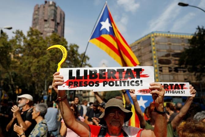 Мадрид отказался вести переговоры с Каталонией
