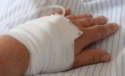Многих пациентов спасти невозможно: Сколько стоит лечение пневмонии в «ЛНР»