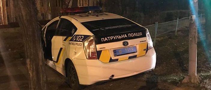 ДТП в Мариуполе: Двое патрульных попали в больницу (Видео)
