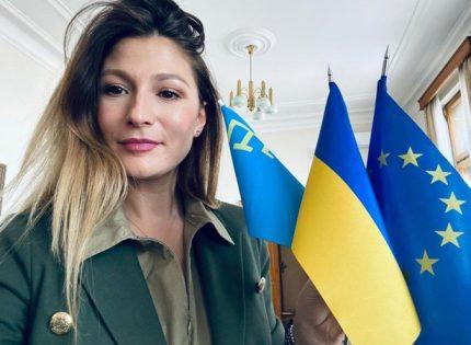 На турецком курорте по требованию украинских дипломатов со скульптуры удалили карту России с Крымом