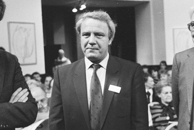 В Великобритании умер советский диссидент Владимир Буковский