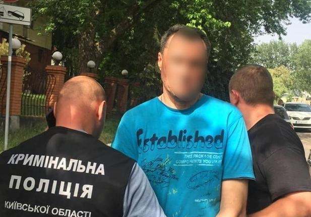 Адвокат заявил, что подозреваемого в убийстве и взрыве в Белогородке «заставили признаться»