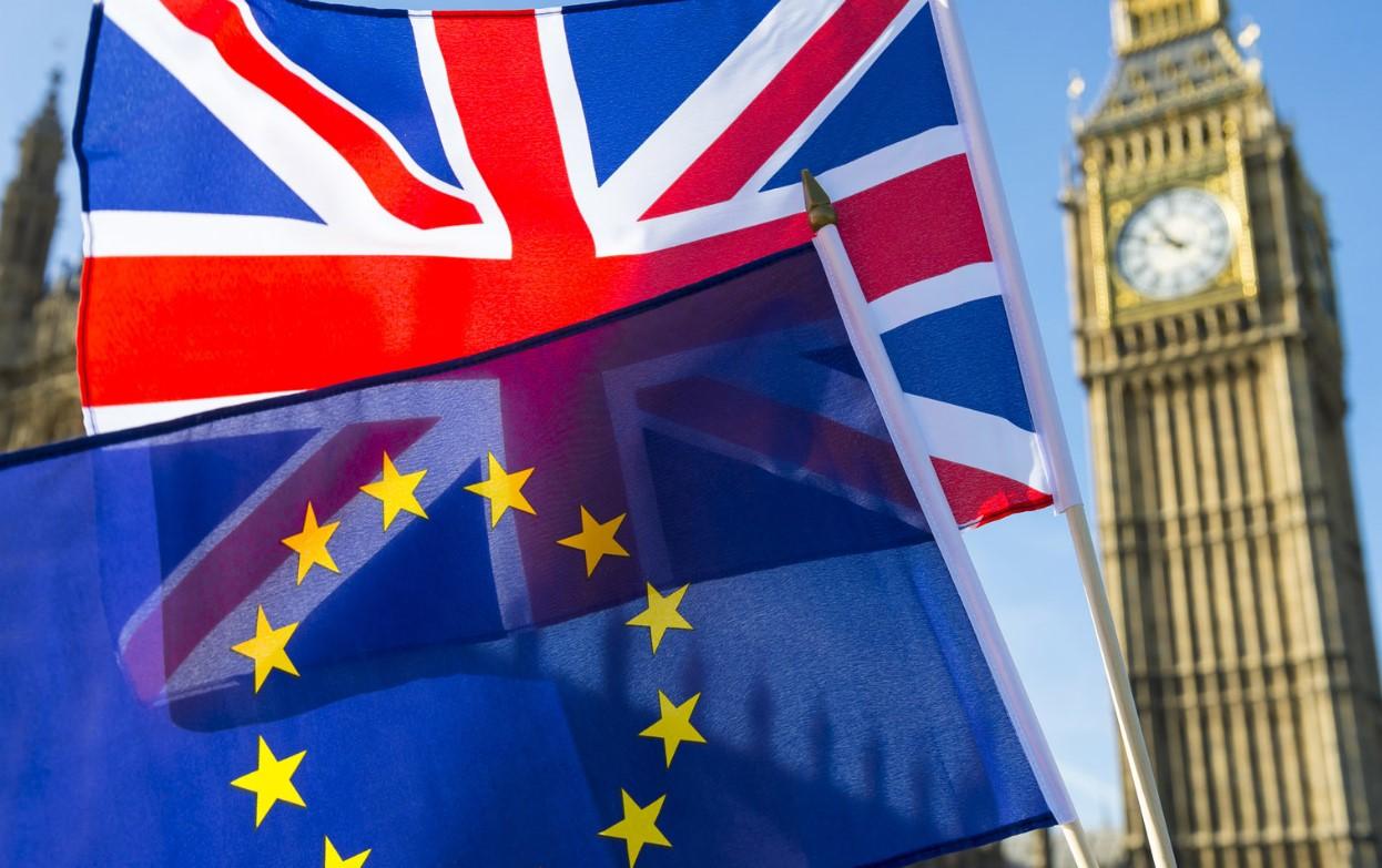 Британский парламент проголосовал за новую отсрочку Brexit