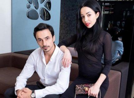 Стоянов поздравил Екатерину Кухар с годовщиной свадьбы при помощи Монатика